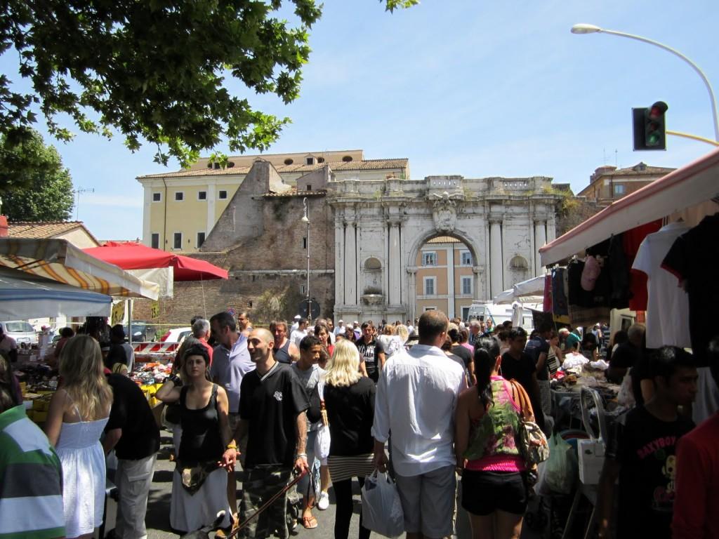 Porta Portese (Roma) / www.iltempo.it