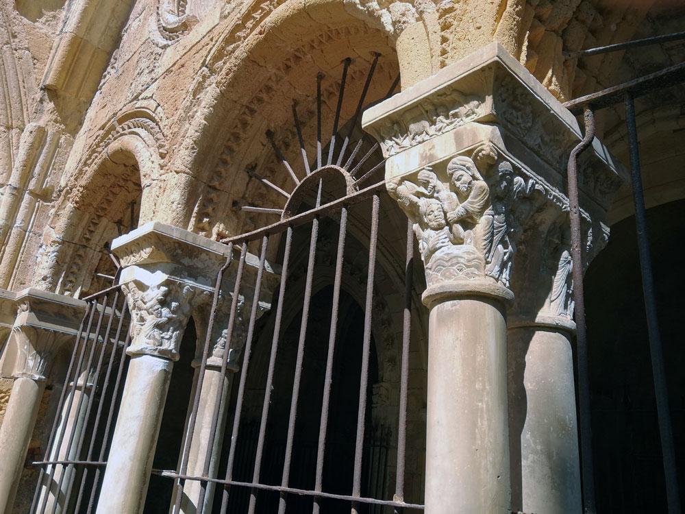 capiteles historiados claustro catedral tarragona